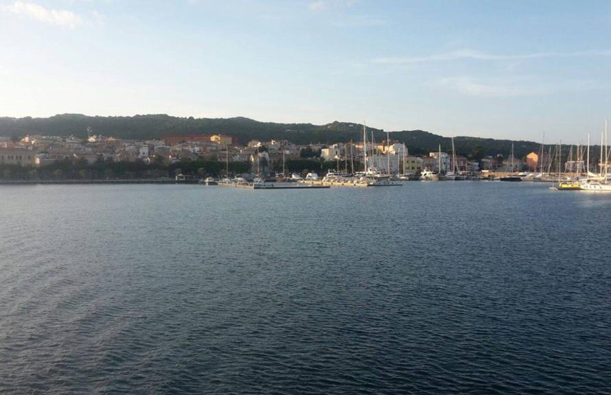 CS Charter base noleggio barche a vela Carloforte