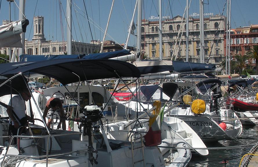 Noleggio barche a vela in sardegna a cagliari